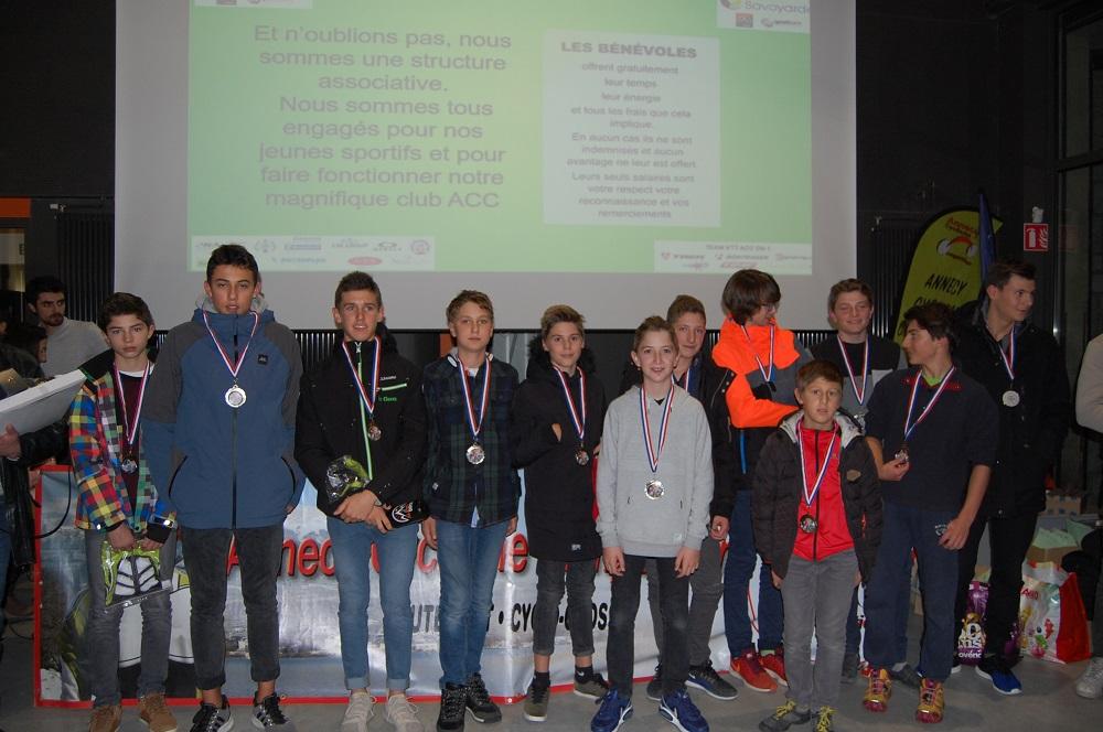Les jeunes du club récompensés.